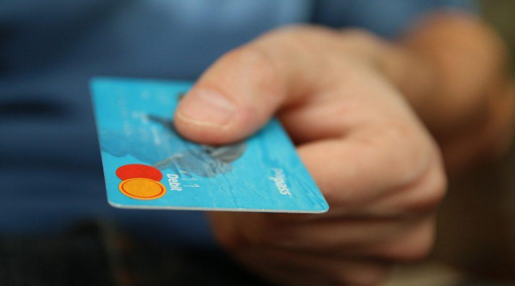 Boursorama ou BforBank : Quelle néobanque premium choisir ?